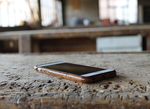 The Exquise iPhone 6 Wooden Case from AltNova Cases